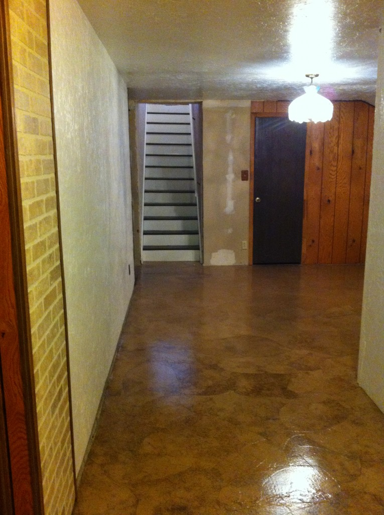 Another look at the finished floor over cement.